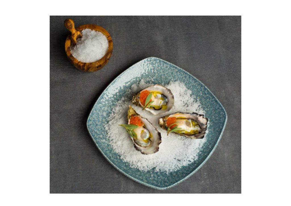 Oysters in Tartare Cafe + Wine Bar, Photo by Anita Murphy